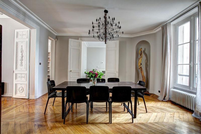 sustainable interior design flooring